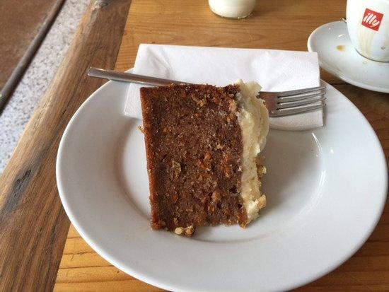 The Lovington Bakery: Carrot cake