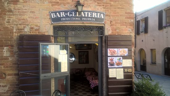 Albertini Bar Gelateria Paninoteca: bar gelateria,primi piatti,taglieri,panini