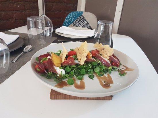 Afuego: Ensalada de jamón de pato