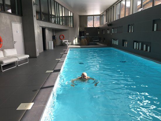 Heliopic Hotel & Spa: Main Pool.