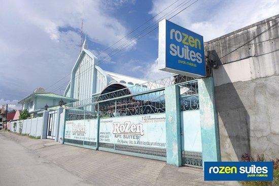 Rolling Gate of Rozen Suites Malakas