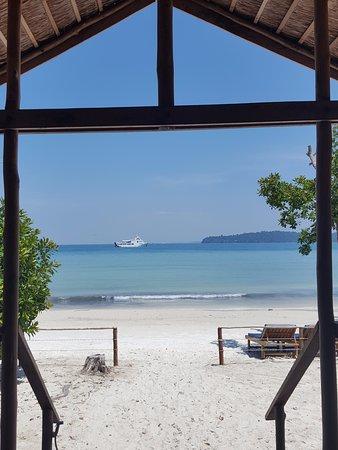 Saracen Bay Resort: Vue depuis la terrasse : waouh !