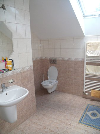 Penzion Ema: Koupelna má vanu