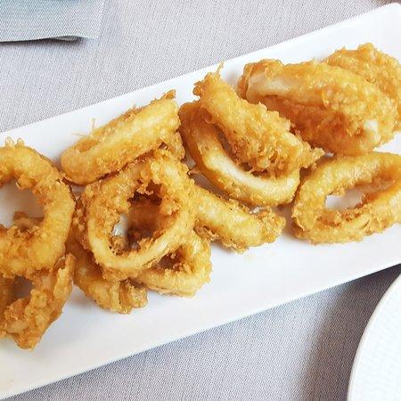 Pirineos Bar Restaurante: Calamares