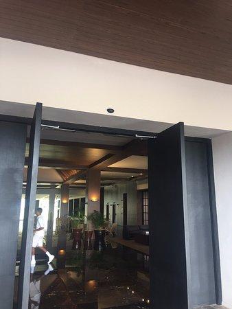 Excellence El Carmen: Main Doors
