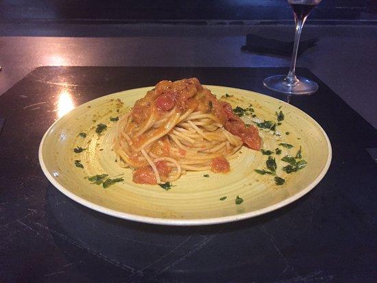 Le Barrique: spaghetti al pomodoro