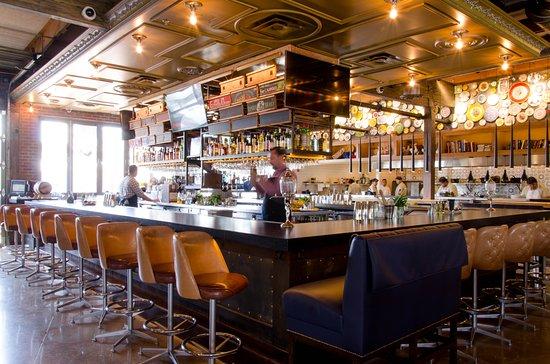 Ida Claire: Bar