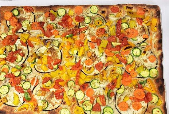 Pizzeria Vasco dal 1933: Pizza rettangolare vegetariana