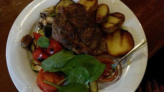 Zemaiciu Asotis: жаркое))) да, да - большой кусок мяса и овощи