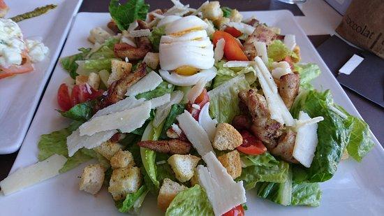 Cioccolatitaliani Qatar: Chicken salad.
