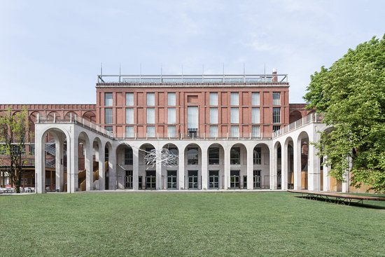 Photo of Tourist Attraction La Triennale di Milano at Viale Emilio Alemagna 6, Milan 20121, Italy