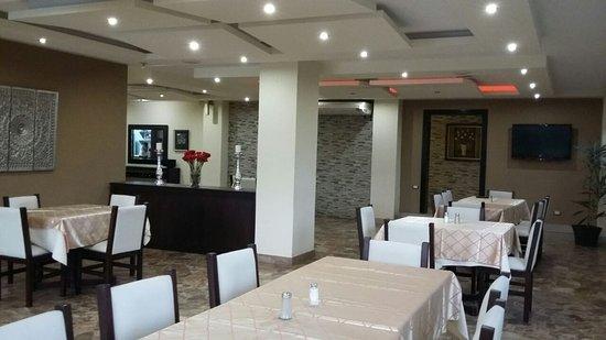 Hotel Atos: Café Río Restaurant