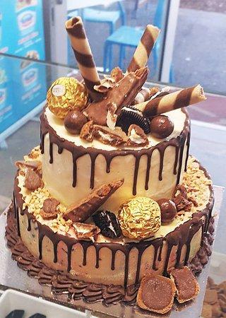 Cold Rock Ice Creamery: tower ice cream cake birthday celebration everton park