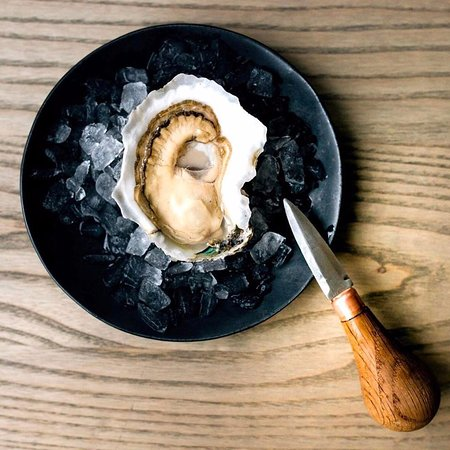 The Local Oyster: Skinny Dipper