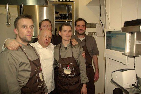L'Oeuf ou la Poule: L'équipe de l'inauguration accompagnée de Thierry MARX