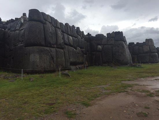 Sacsayhuaman: View of Inca walls