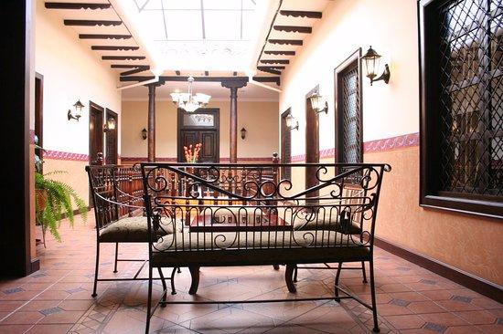 Hotel San Andres: lobby segundo piso