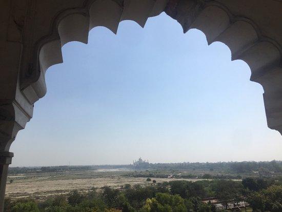 Classic Taj Day Tours: photo0.jpg