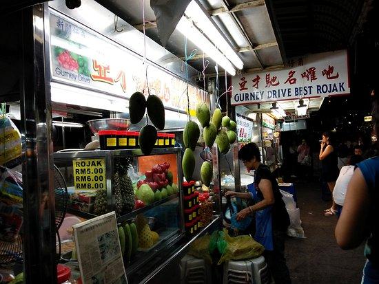 Gurney Drive: Penang Rojak stall