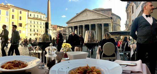 Ristorante Di Rienzo : Our view while eating lunch