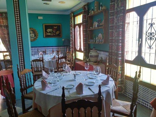 Quentar, İspanya: Vista de comedor 2
