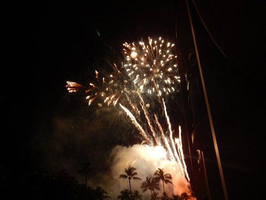 Nightly Fireworks Picture Of Hilton Hawaiian Village Waikiki Beach Resort Honolulu Tripadvisor