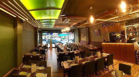Eastcote, UK: Yaprak Restaurant