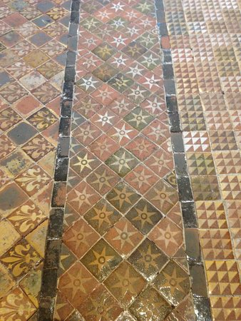 Medieval floor tiles - Picture of Winchester Cathedral, Winchester ...