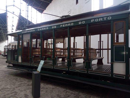 Museu do Carro Eléctrico: este é mesmo antigo !!!