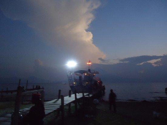 Lake Atitlan, Guatemala: viaje nocturno por el lago atitlan