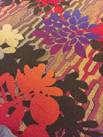 Lakeside Inn and Casino: crazy casino carpet