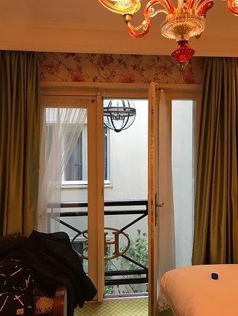โรงแรมเอสเธเรีย: photo1.jpg
