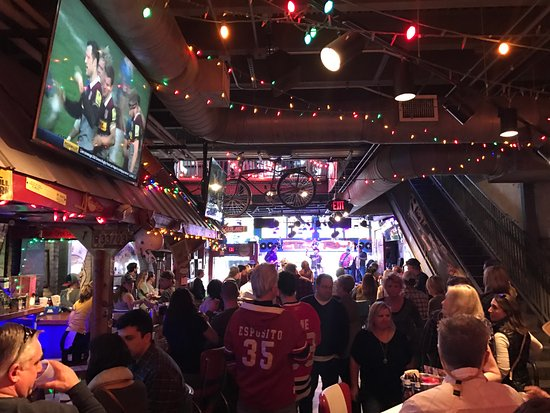 Crowded Bar Picture Of Tin Roof Nashville Tripadvisor