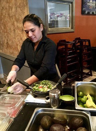 Londonderry, NH: Fresh guacamole made table side