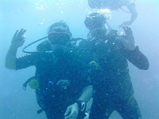 TOPDIVE Bora Bora: Us on our dive with TopDive in Bora Bora