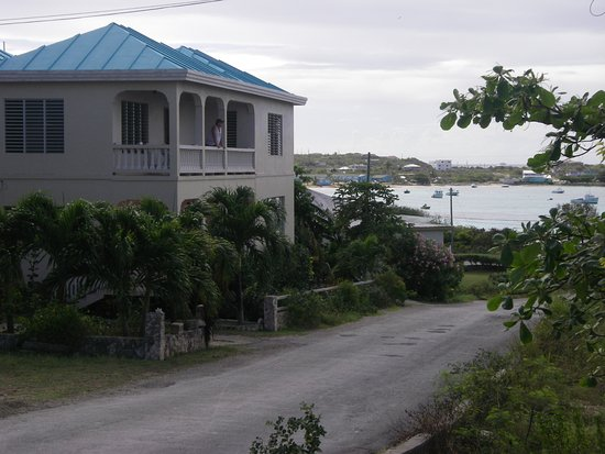 Island Harbour, Anguilla: Side of the house with the medium one bedroom balcony.