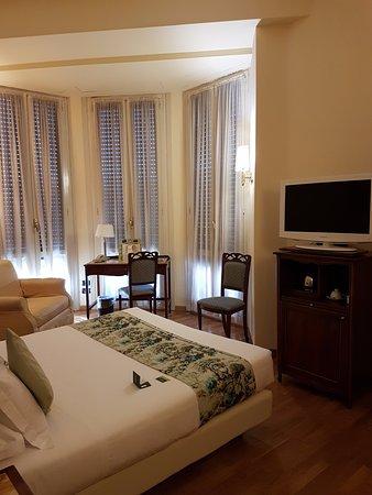 Hotel Continental Genova: camera matrimoniale standard