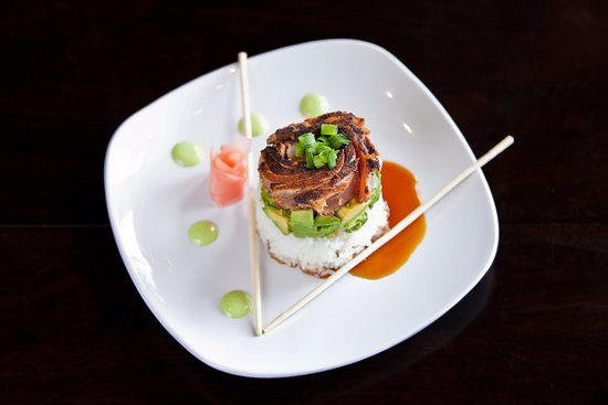 The Bohemian Bar and Bistro: Top seller- Seared Ahi Tower