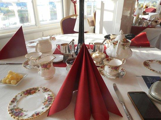 Walpole Bay Hotel: Sunday cream tea!!