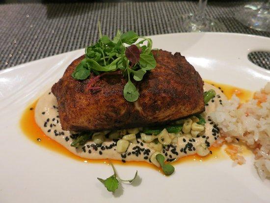 Azure Restaurant: Crispy red snapper