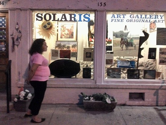 Versailles, KY: Solaris Art Gallery Front window