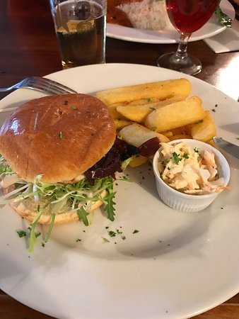 Polegate, UK: Halloumi burger