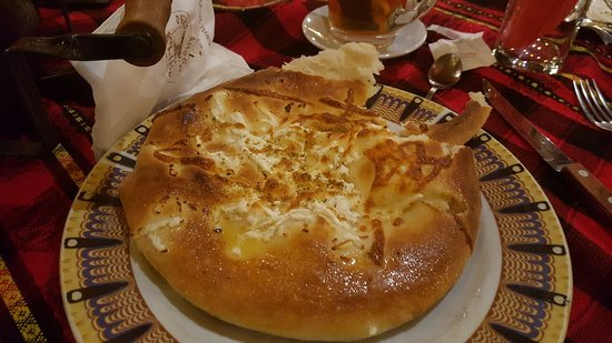 Obecanova Mehana : сырная лепешка