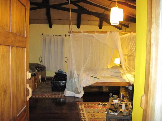 Virunga Lodge: Room has been prepared for sleep
