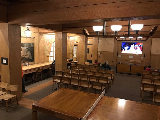 Timberline Lodge, OR: Movie Room