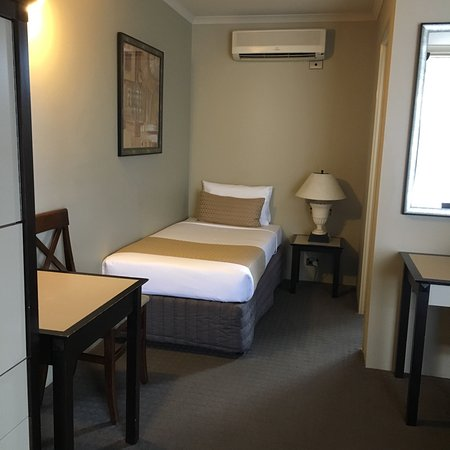 Comfort Inn On Raglan: photo1.jpg