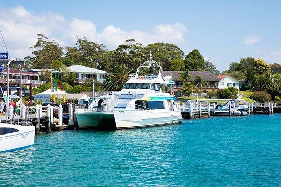 Huskisson, ออสเตรเลีย: Jervis Bay Wild's disabled access vessel Port Venture