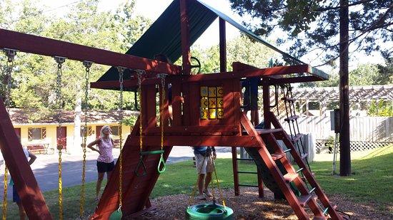 Golden Arrow Resort: Playground