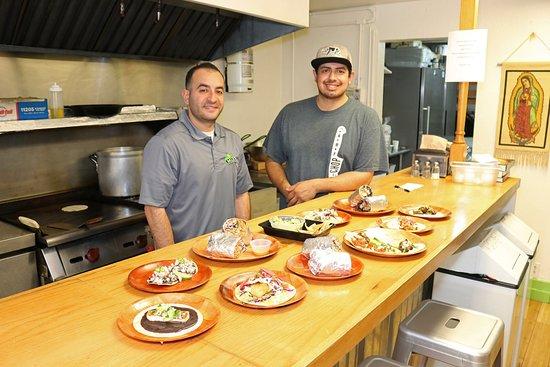 Capitola, Καλιφόρνια: Owner & Chef Anthony Guajardo and Su Chef Ryan