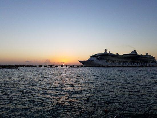 El Cid La Ceiba Beach Hotel: 20170309_185305_large.jpg